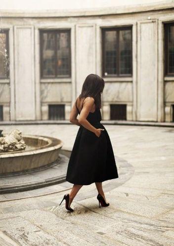 40 How to Wear Tea Lengh Dresses Street Style Ideas 15