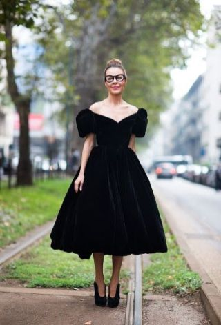 40 How to Wear Tea Lengh Dresses Street Style Ideas 43