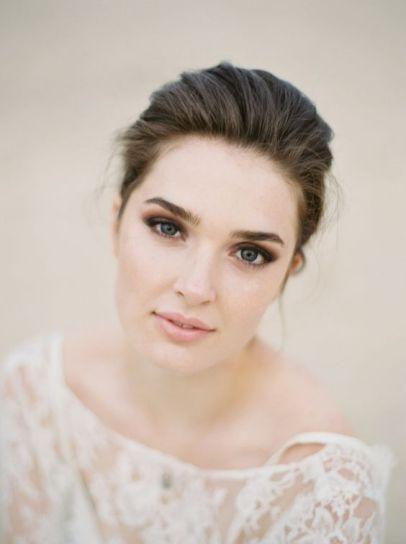 40 Natural Wedding Makeup Ideas 17