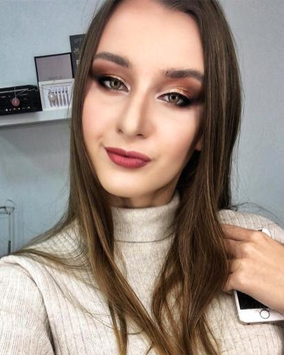 40 Night Party Makeup Look You Should Try 14