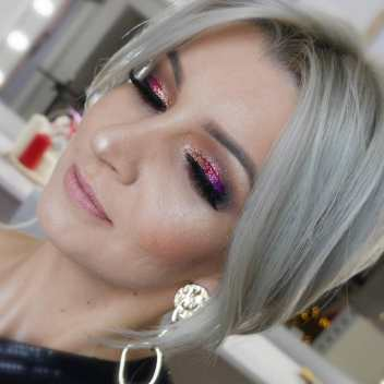 40 Night Party Makeup Look You Should Try 15