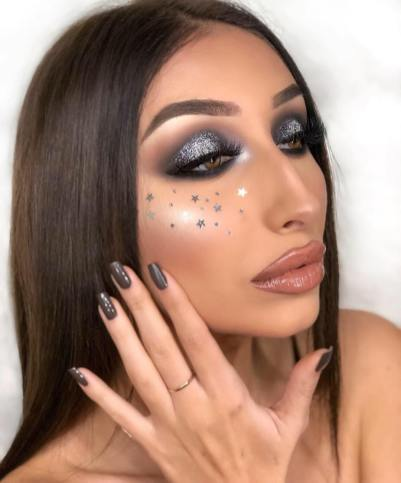 40 Night Party Makeup Look You Should Try 37