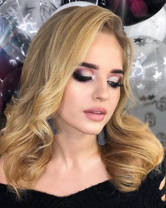 40 Night Party Makeup Look You Should Try 38