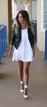 40 Ways to Look Stylish With White Heels Ideas 41