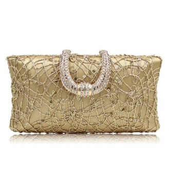 50 Chic Clutch Party Ideas 32