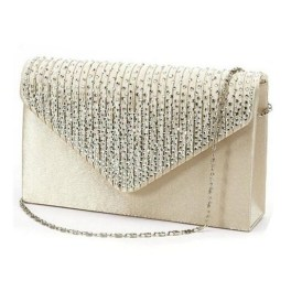 50 Chic Clutch Party Ideas 34