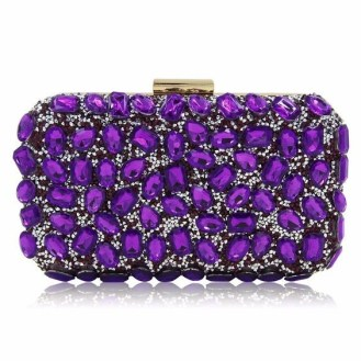 50 Chic Clutch Party Ideas 37