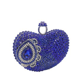 50 Chic Clutch Party Ideas 51