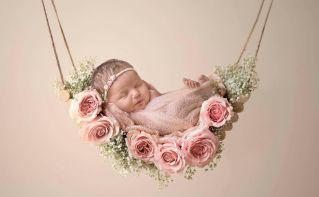 50 Cute Newborn Photos for Baby Girl Ideas 15