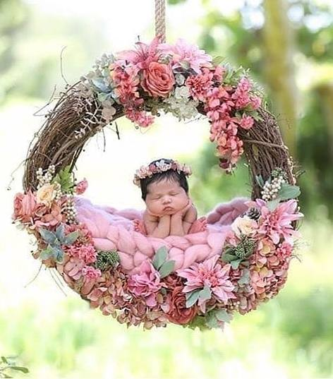 50 Cute Newborn Photos for Baby Girl Ideas 32