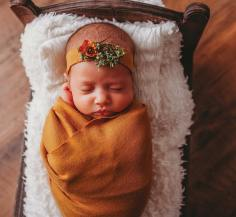 50 Cute Newborn Photos for Baby Girl Ideas 52