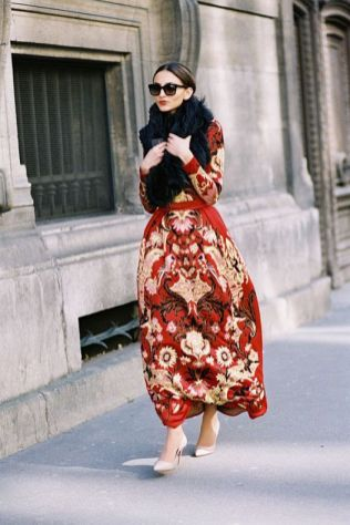 50 Fashionable Red Outfit Ideas 17