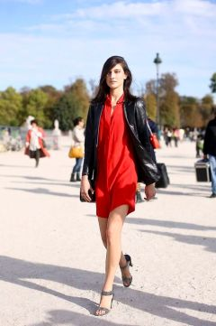 50 Fashionable Red Outfit Ideas 37
