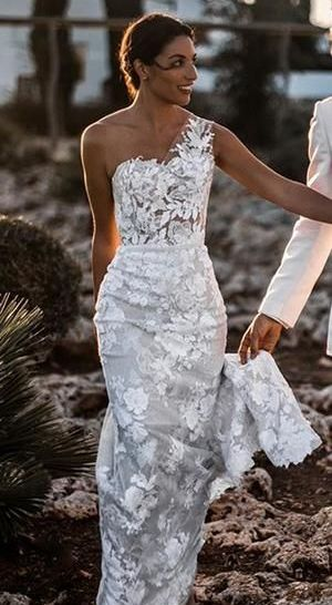 50 One Shoulder Bridal Dresses Ideas 4
