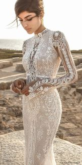 50 Simple Glam Victorian Neck Style Bridal Dresses Ideas 15