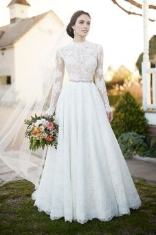 50 Simple Glam Victorian Neck Style Bridal Dresses Ideas 3