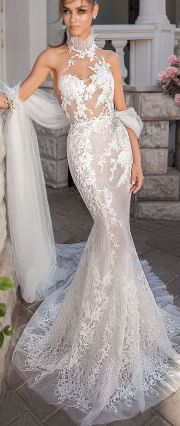 50 Simple Glam Victorian Neck Style Bridal Dresses Ideas 4