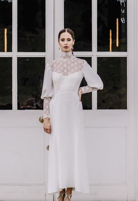 50 Simple Glam Victorian Neck Style Bridal Dresses Ideas 45