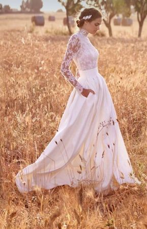 50 Simple Glam Victorian Neck Style Bridal Dresses Ideas 46