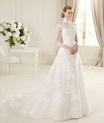 50 Simple Glam Victorian Neck Style Bridal Dresses Ideas 6