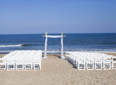 60 Beach Wedding Themed Ideas 15