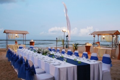 60 Beach Wedding Themed Ideas 26