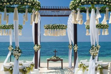 60 Beach Wedding Themed Ideas 58