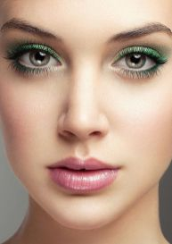 40 Green Eyeshadow Looks Ideas 24