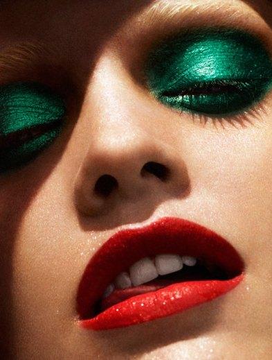 40 Green Eyeshadow Looks Ideas 29