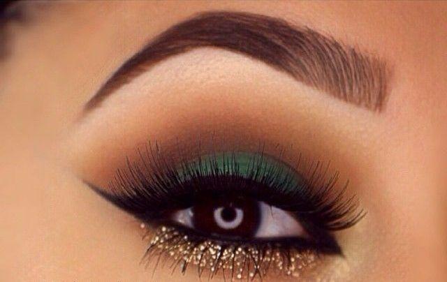 40 Green Eyeshadow Looks Ideas 38