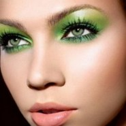 40 Green Eyeshadow Looks Ideas 43