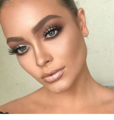 40 Silver Eye Makeup Looks You Need to Try 2
