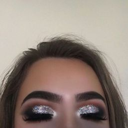 40 Silver Eye Makeup Looks You Need to Try 20