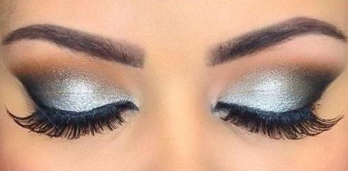 40 Silver Eye Makeup Looks You Need to Try 26