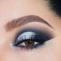 40 Silver Eye Makeup Looks You Need to Try 42