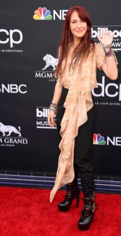 40 The Looks You Need to See From Billboard Music Awards 2019 Red Carpet 20
