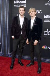 40 The Looks You Need to See From Billboard Music Awards 2019 Red Carpet 36