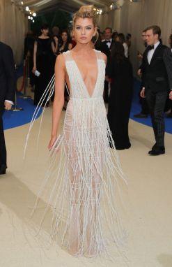 50 Adorable Met Gala Celebrities Fashion 3