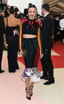 50 Adorable Met Gala Celebrities Fashion 36