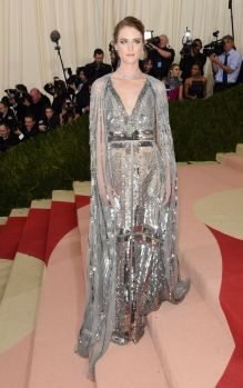 50 Adorable Met Gala Celebrities Fashion 40
