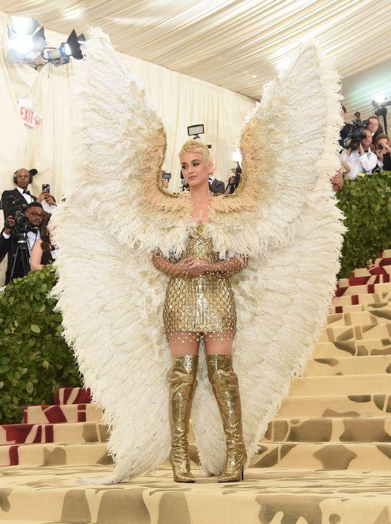 50 Adorable Met Gala Celebrities Fashion 41