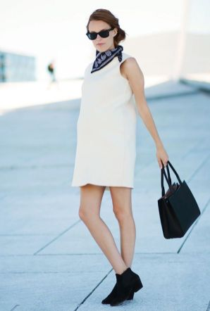 50 Comfy and Stylish Maternity Outfits Street Style Looks 11