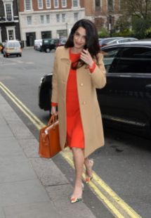50 Comfy and Stylish Maternity Outfits Street Style Looks 34