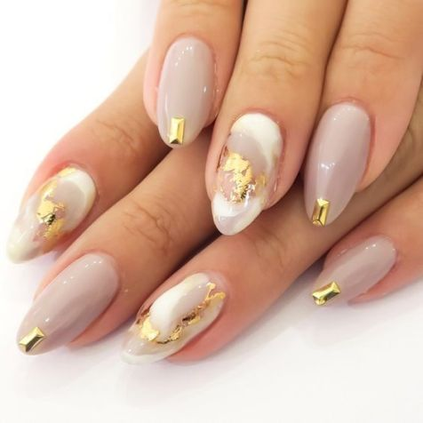 50 Glam Gold Girly Nail Art Looks Ideas 11