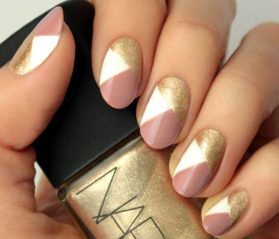 50 Glam Gold Girly Nail Art Looks Ideas 13