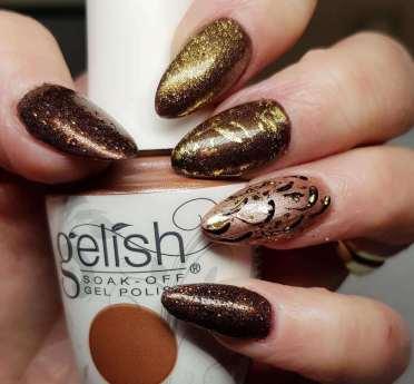 50 Glam Gold Girly Nail Art Looks Ideas 28
