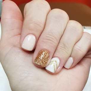 50 Glam Gold Girly Nail Art Looks Ideas 41