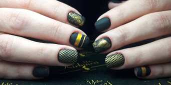 50 Glam Gold Girly Nail Art Looks Ideas 45