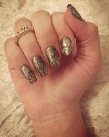 50 Glam Gold Girly Nail Art Looks Ideas 55