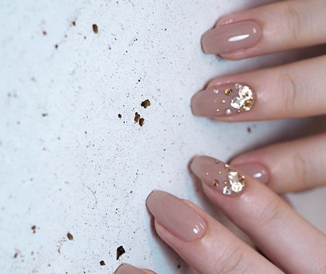 50 Glam Gold Girly Nail Art Looks Ideas 7